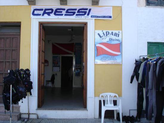 ‪Lipari Diving Center‬