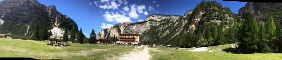 Albergo e Rifugio Pederu: Albergo alpino e ristorante Pederü