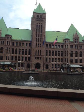 Photo8 Jpg Picture Of Minneapolis City Hall Minneapolis