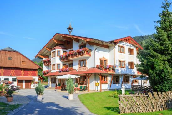 Photo of Hotel Holzerhof Schladming