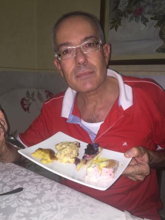 Recorfano, Italia: Dolci fantastici. Fabio Cremona (il presidente)