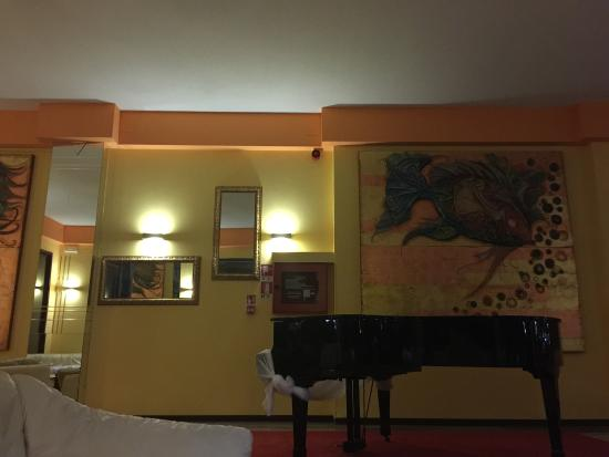 Hotel Corona: photo5.jpg