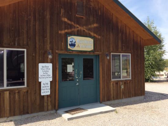 Tetonia, ID: Teton Peaks Lodge & RV Park