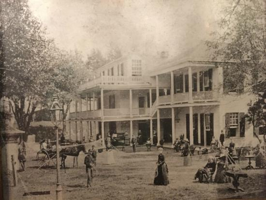 The Elms Bed and Breakfast: Historic photo of the home