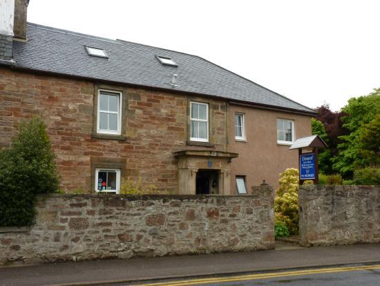 Dionard Guest House: Vista exterior
