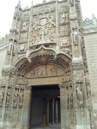 Museu Nacional de Escultura - Picture of Museo Nacional de Escultura, Vallado...