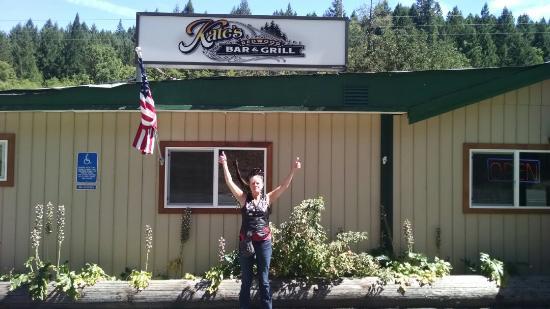 Wilderville, Oregón: Best burger with homemade mustard