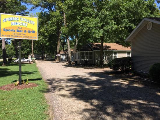 Piedmont, MO: Spring Valley Resort