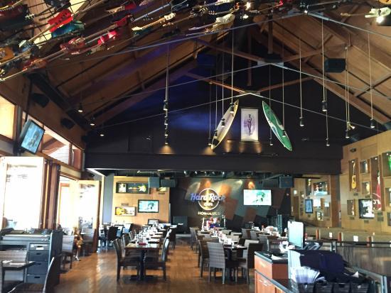 Hard Rock Cafe: Superb Interior Design
