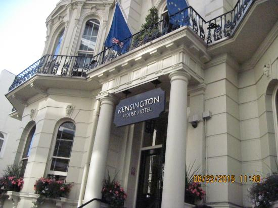 Kensington House Hotel: Hotel entrance