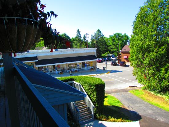Village View Inn: view from other side of building