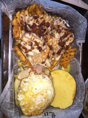 The Committed Pig: Good morning burger and wings