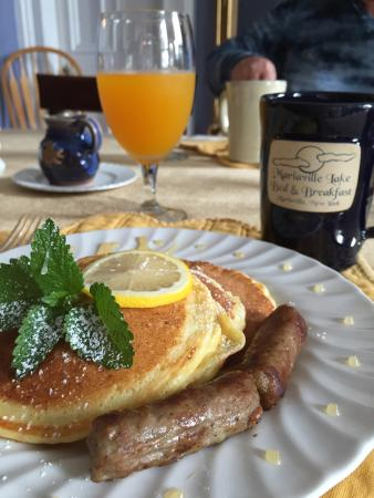Mariaville Lake Bed & Breakfast: Lemon ricotta pancakes