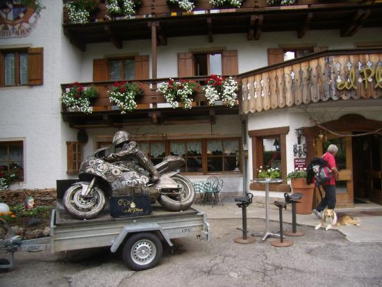 Hotel Al Plan: lato ingresso