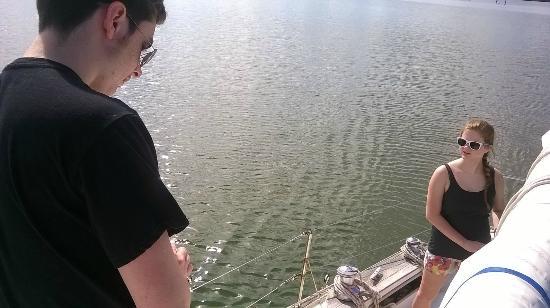 New Moon Sailing : Teamwork.