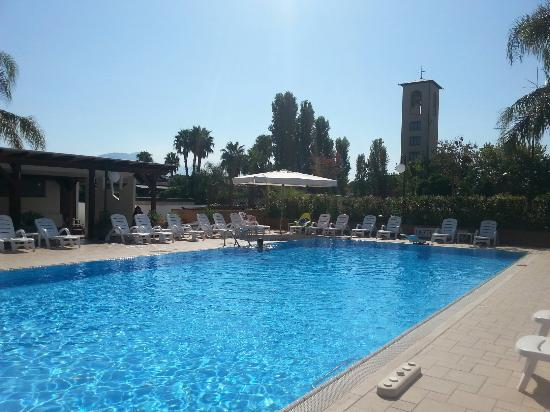 Hotel Pace: piscina