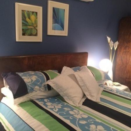 Tippytop Bed & Breakfast: Double Bed Room