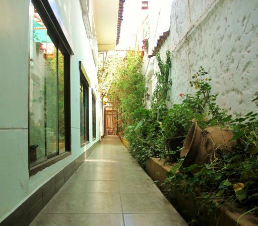 Casa de Mama Cusco 2-The Ecohouse: ACCESO PRINCIPAL