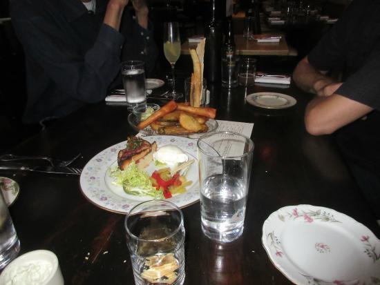 Cashion's Eat Place: Our food,