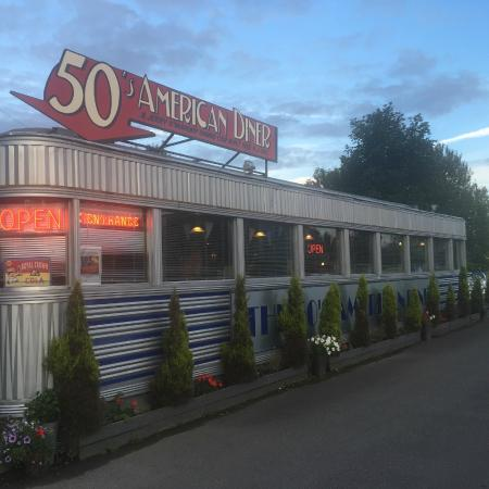 Outside view picture of 50 39 s american diner church for 50 s diner exterior