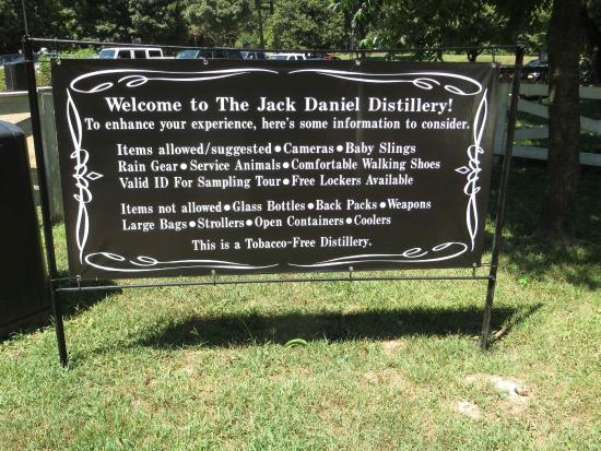 Jack Daniel's Distillery: All'ingresso