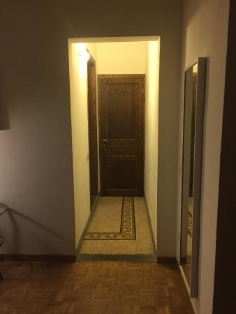 B & B Cimatori: Corridoio stanza