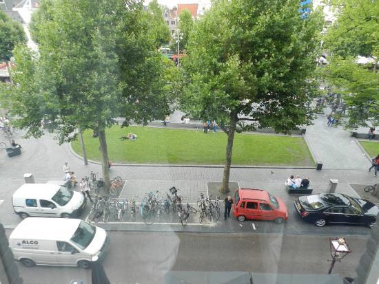 Rembrandt Square Hotel : вид из окна
