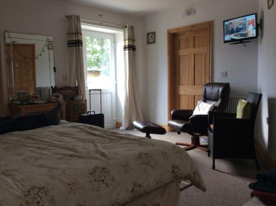 Blackford, UK : Spacious room