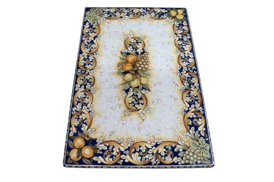 Tavoli Da Giardino Ceramica Caltagirone.Tavolo In Pietra Lavica Ceramizzata Decoro Ornato E Pittorico Di