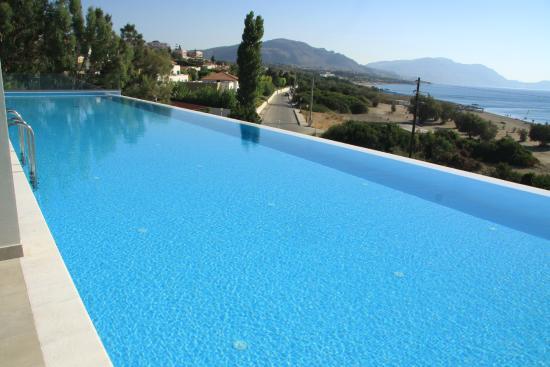 Piscine priv e picture of rodos princess beach hotel for Hotel piscine privee