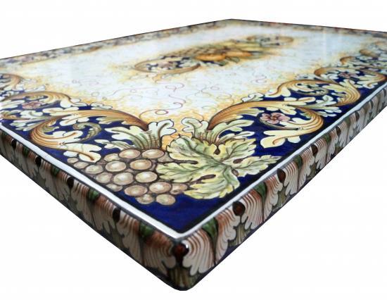Dettaglio tavolo pietra lavica - Foto di Ceramiche d\'Arte Floridia ...