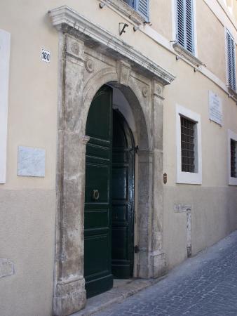 Ферентино, Италия: ingresso su via consolare 160