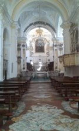 Parocchia di San Luca Evangelista: interno chiesa