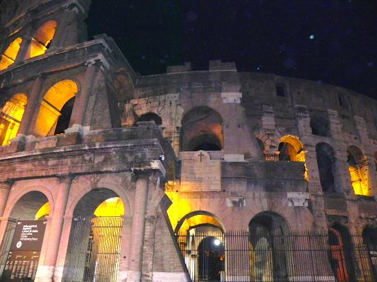 Domus Cavour: le Colisée