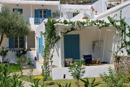 Agrilia - Apartments & Studios: Όψη μέρος του κάτου συγκροτήματος