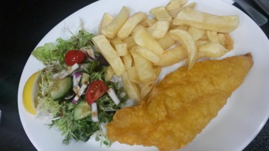Fish chips picture of ben 39 s fish chips restaurant for Fish chips restaurant
