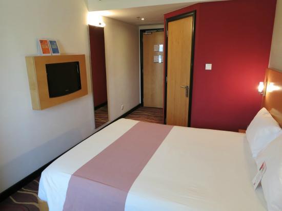 Ibis Muscat: Standard room #530