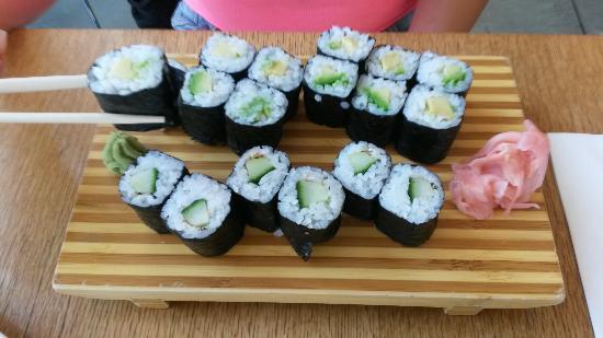 Akakiko Running Sushi