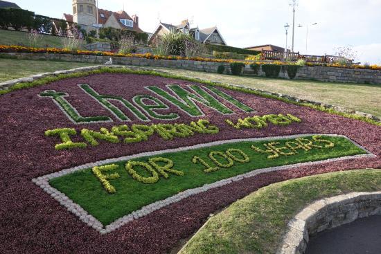 Weymouth, UK: Commemorative planting