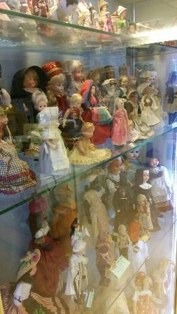 Dunster Museum and Dolls Collection: Dunster Dolls Museum