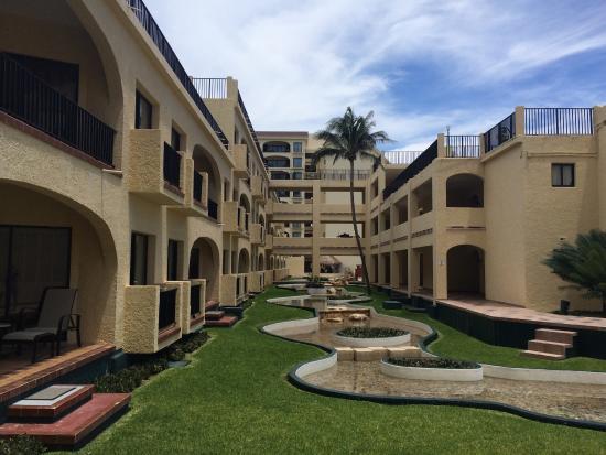 Emporio Cancun: photo3.jpg