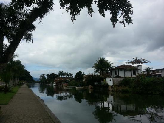 Hotel Pousada Guarana: The Canal leading into the historic center