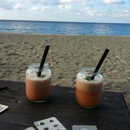 Pannzian Beach: Organic cocktails!