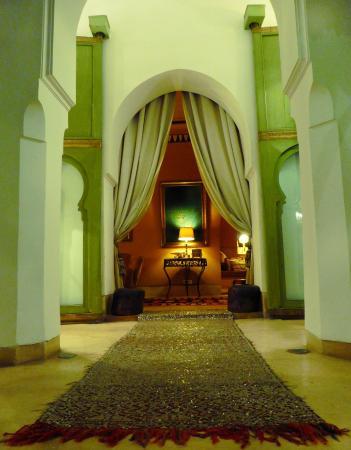 Riad Camilia: Livingroom Door!