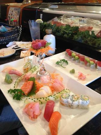 Osaka Japanese Steakhouse: Sushi/Sashimi Dinner and Valentine roll