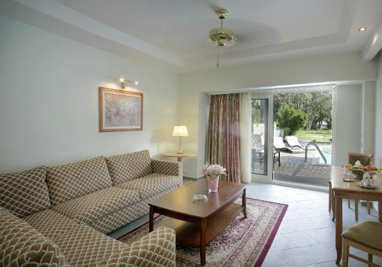 Theophano Imperial Palace: Grand Pool Suite with private Pool 1