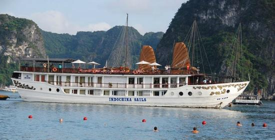 Halong Charming Cruise