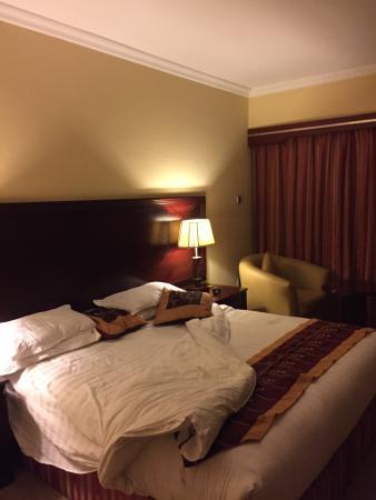 Hotel Intercontinental-Addis : 생각보다는 오래되고 유지관리 상태가 별로임.