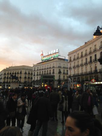 Puerta del sol picture of puerta del sol madrid for Puerta 53 bernabeu