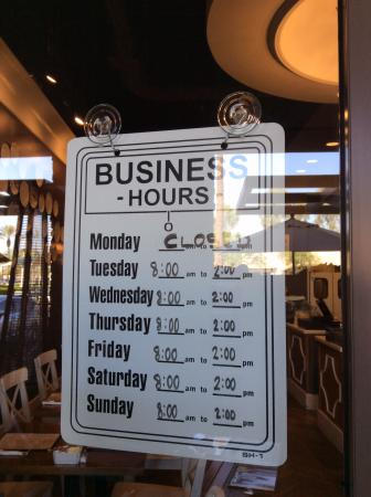Chez Vous: Opening hours August 2015